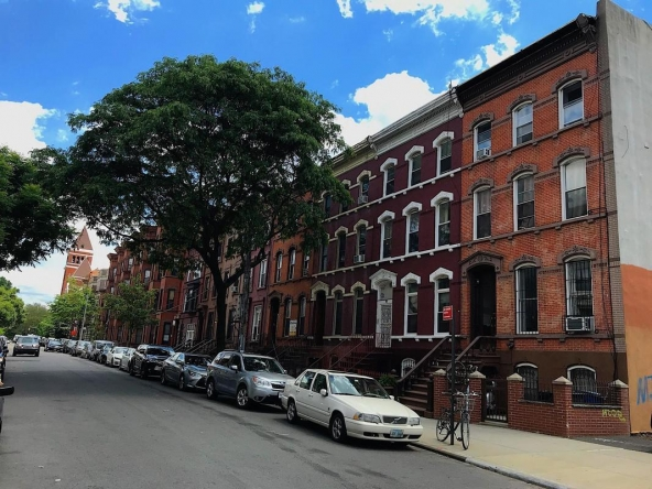Mac donough Street - Townhouse for sale in Brooklyn